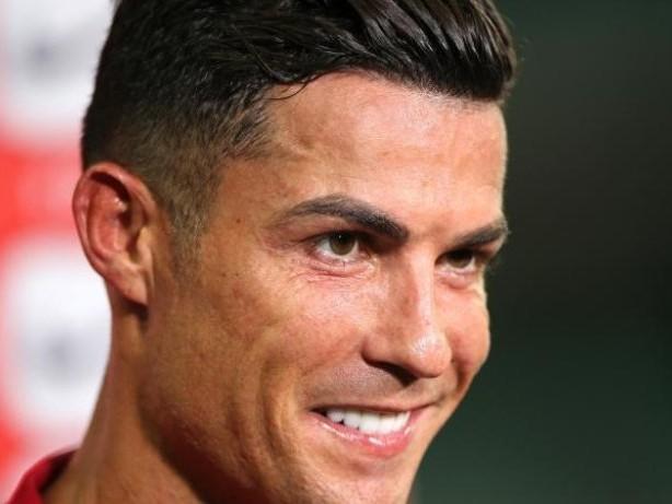 Premier League: Cristiano Ronaldo absolviert erstes Training bei Man United