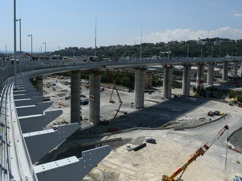 Neue Brücke gibt Italien Hoffnung