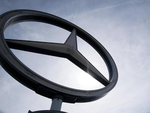 60.000 Fahrzeuge betroffen - Ministeriums-Gutachten belastet Daimler in Dieselaffäre