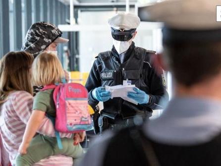 Corona-Testpflicht bei der Einreise: Darauf müssen sich Urlauber einstellen