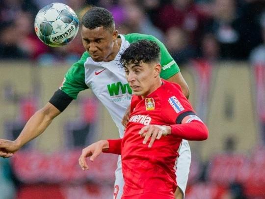 Fußball-Bundesliga - Leverkusen schlägt Augsburg