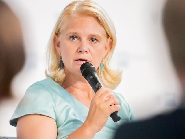 Bundestagsabgeordnete Saskia Ludwig - CDU-Frau und zweifache Mutter entlarvt grundsätzliches Problem unserer Politik