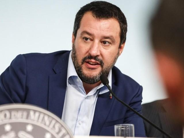 Flüchtlinge über Grenze gebracht: Salvini erzürnt über französische Polizeiaktion