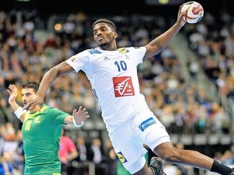 Weltmeister Frankreich müht sich gegen Brasilien