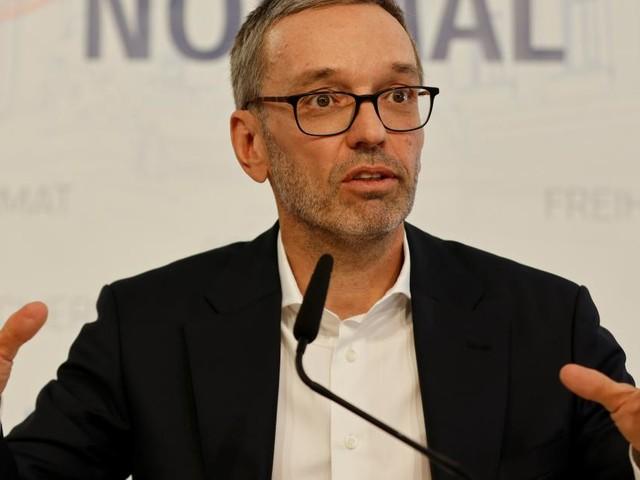 """""""Ehrenrührig und kreditschädigend"""": Kickls Klage gegen Rosam ist da"""