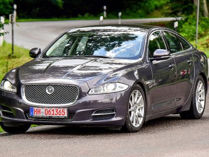 Jaguar XJ: Gebrauchtwagen-Test Im Alter ist der Jaguar XJ zum Polo-Preis zu haben