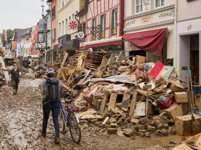 Künstler sammeln Geld für Opfer der Flutkatastrophe