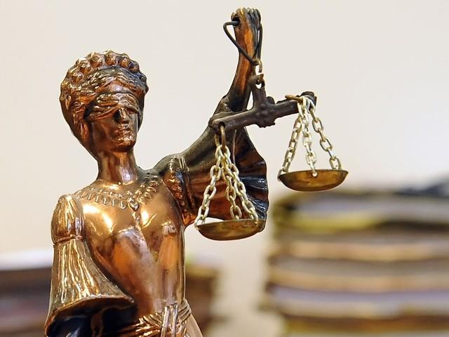 """Illegale Geschäfte mit Luxuskarossen - """"Schallende Ohrfeige"""": Gericht spricht Abdallah Abou-Chaker in Auto-Prozess frei"""