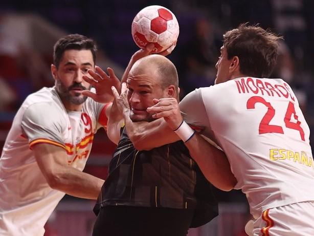Olympia 2021: 27:28 - Bittere Auftaktniederlage für deutsche Handballer