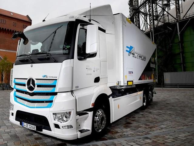 Daimler startet Serienproduktion des e-Actros im zweiten Halbjahr
