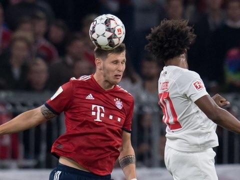 Bundesliga am Dienstag: FCA stoppt Bayern-Siegesserie - Freiburg schlägt Schalke