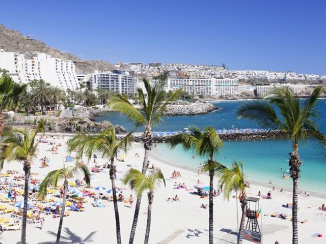 Killer-Keim auf Gran Canaria: Urlauberin wochenlang im Koma