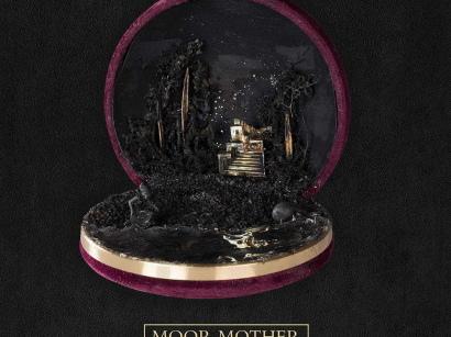 "Moor Mother – ""Black Encyclopedia Of The Air"" (Rezension)"