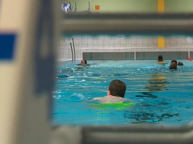 So gelingt ein pandemie-konformer Schwimmunterricht
