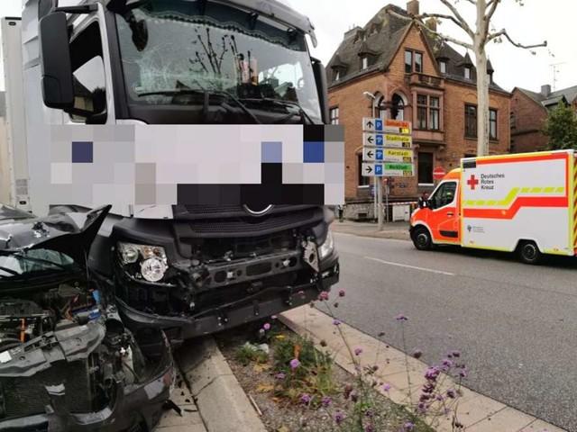 NachLkw-Angriff in Limburg: Stadt zieht Konsequenzen - Polizei wertet Spuren aus