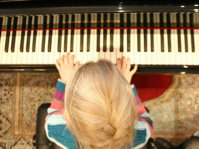 Das moderne Wunderkind am Klavier