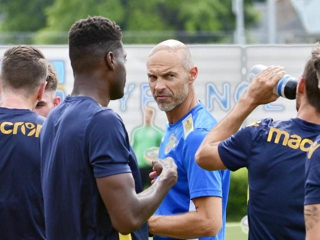 """SKN-Coach Alexander Schmidt: """"Vielen Trainern fehlt die Basis"""""""