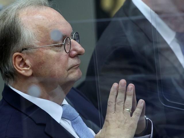 Reiner Haseloff fällt im Landtag in Sachsen-Anhalt durch: Der Warnschuss