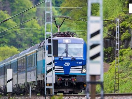 Zug aus München in Tschechien verunglückt - zwei Tote und viele Verletzte