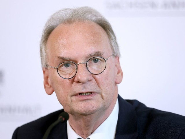 Sachsen-Anhalt: Reiner Haseloff im ersten Wahlgang durchgefallen
