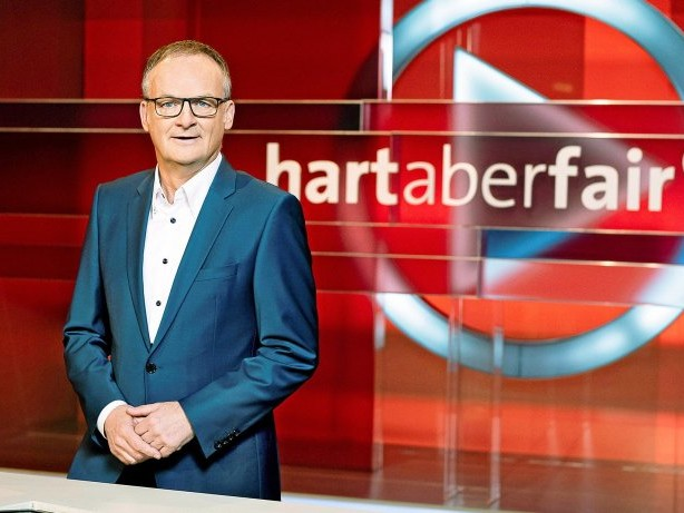 """ARD-Talk: Gast bei """"Hart aber fair"""": """"Man könnte Boote zerstören"""""""