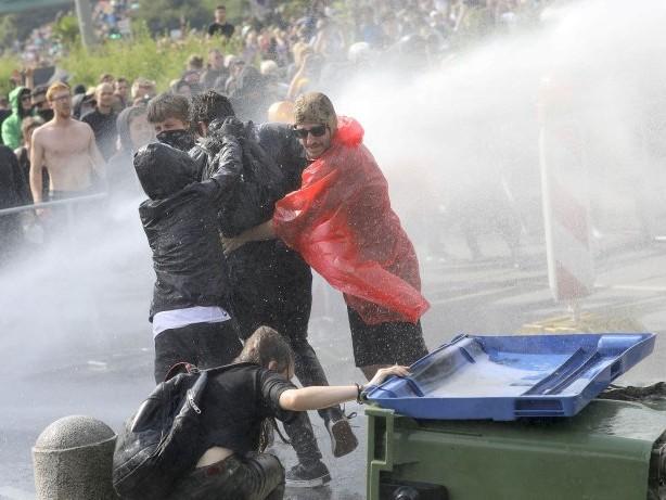 Proteste: 400 Berliner Linksradikale bei G20-Gipfel in Hamburg