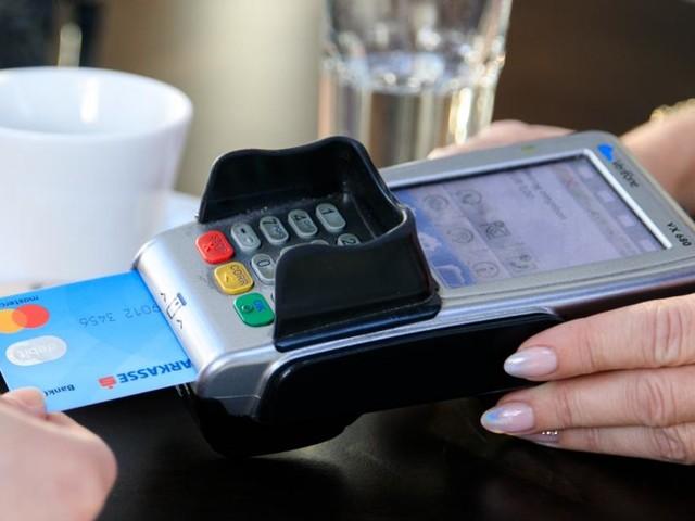 Neue Bankomatkarte der Erste Bank sorgt für Probleme