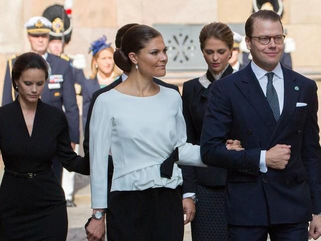 Madeleine, Victoria und Sofia: Unzufrieden mit der Entscheidung des Königs?