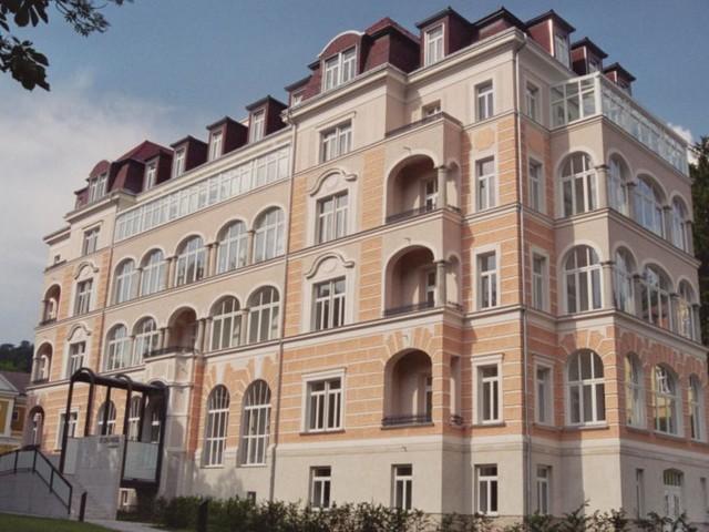 Neuhaus - die schlafende Perle im Wienerwald