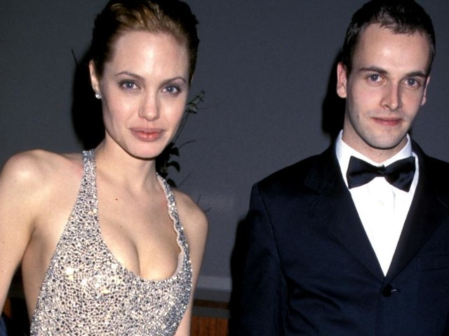 Medienbericht: Jolie soll schon seit 2 Jahren Ex Jonny Lee Miller daten