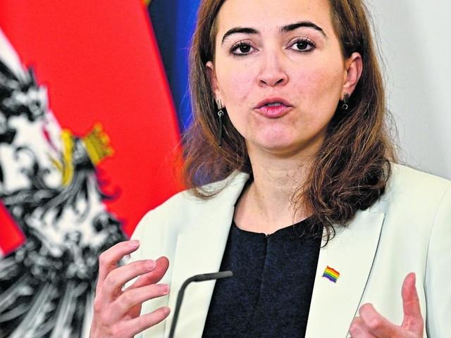 Chorherr wird zur heiklen Causa für grüne Justizministerin Zadić