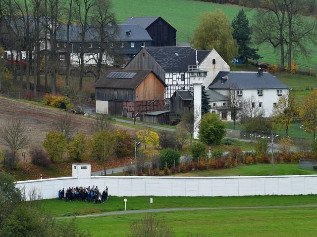 """Es wurde auch """"Little Berlin"""" genannt: Mödlareuth – das deutsche Dorf, das in zwei Bundesländern liegt"""