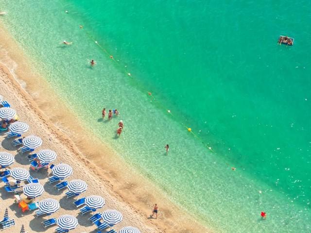 Corona: Diese Regeln gilt es je nach Urlaubsland zu beachten