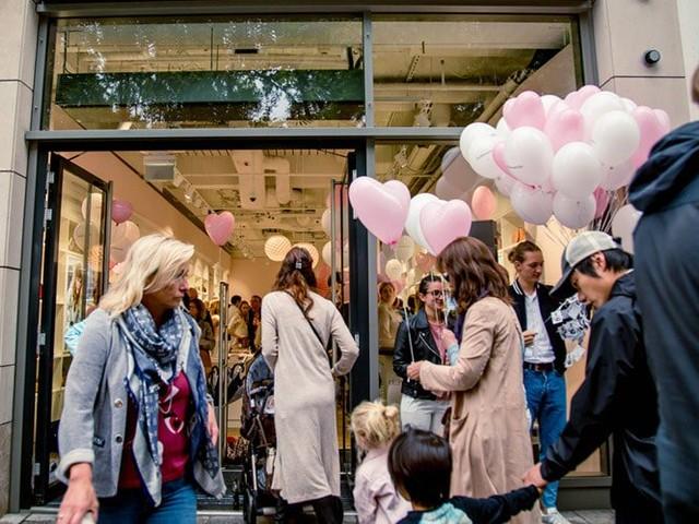 Fashionette goes offline: Taschen-Vernissage auf der Königsallee