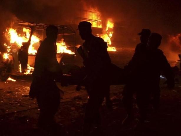 Attentat galt Soldaten: Mindestens 15 Tote bei Bombenanschlag in Pakistan
