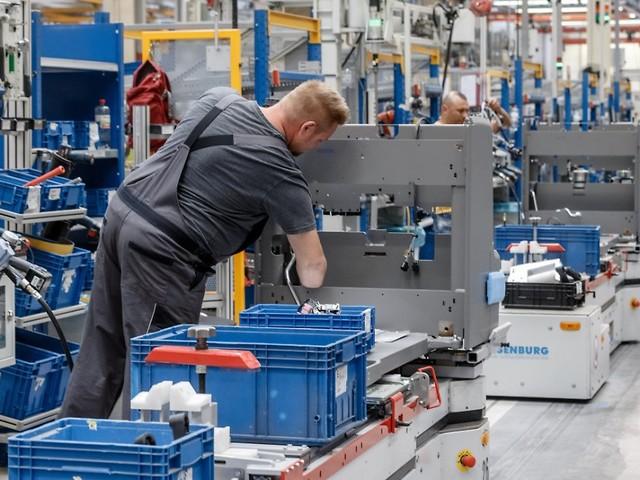 Trotz negativer Prognosen: Industrie kann Auftragslage erneut steigern