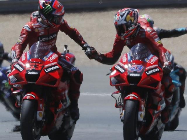 Ducati-Doppelsieg in Jerez, mysteriöse Schwächephase des WM-Leaders