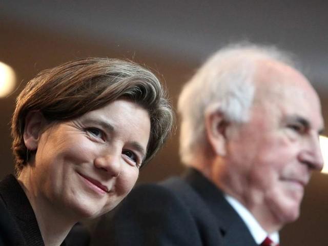 Wegen Bundestags-Projekt: Witwe von Helmut Kohl verklagt Bundesregierung