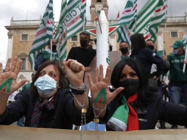 Flugverkehr: Warnstreik bei Alitalia - Flüge nach Deutschland gestrichen