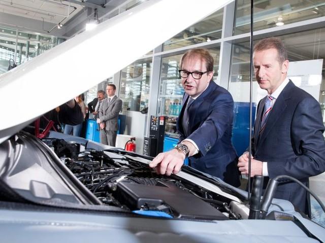 Alternative zu Elektroautos: Unionsfraktion legt Rettungsplan für den Verbrennungsmotor vor