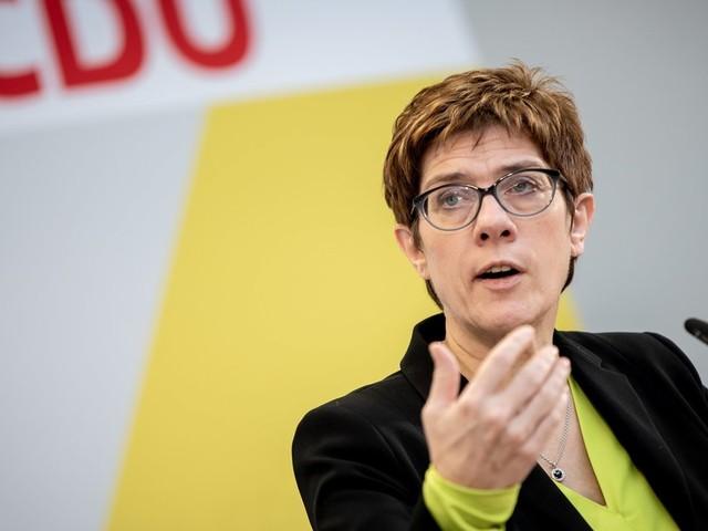 """CDU rechnet mit Merkel ab: 5 Erkenntnisse aus AKKs """"Werkstattgespräch"""""""