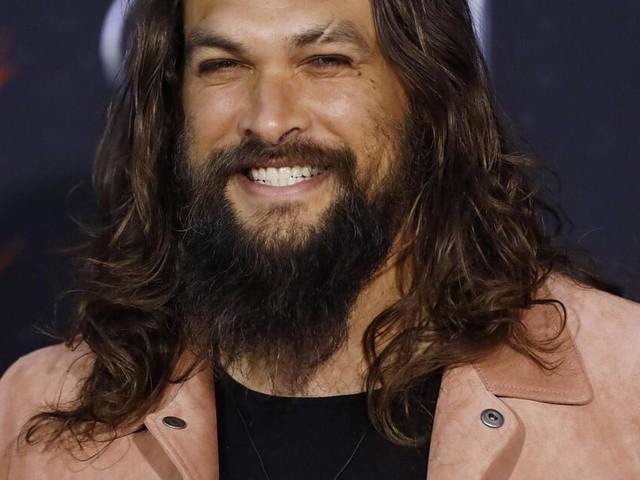 Für einen guten Zweck: Jason Momoa trennt sich von seinem Bart