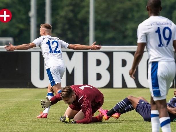 Fußball Regionalliga: Schalke: Fröhling-Team wirbelt gegen PSV Eindhoven II