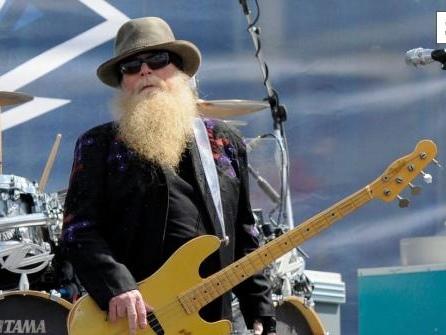 """Ein wahrer Rocker"": ZZ Top-Bassist Dusty Hill gestorben"