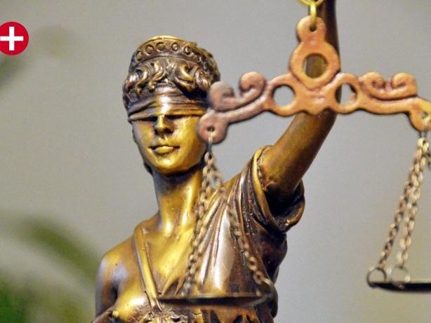 Gerichtsverhandlung: Siegen: Angeklagter soll Frau dreimal vergewaltigt haben