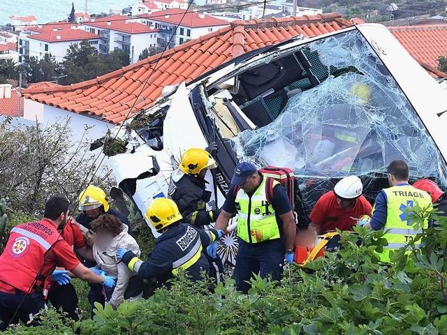 Unglück auf Madeira im News-Ticker - Nach Bus-Drama auf Madeira wird ein Trauer-Gottesdienst abgehalten