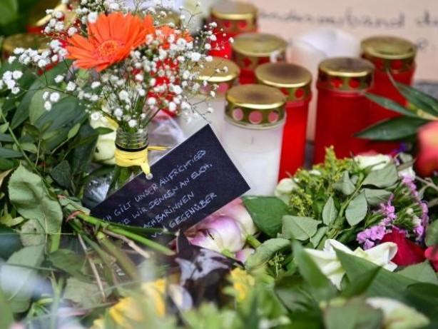 Kriminalität: Digitales Kondolenzbuch für Opfer der Gewalttat in Potsdam
