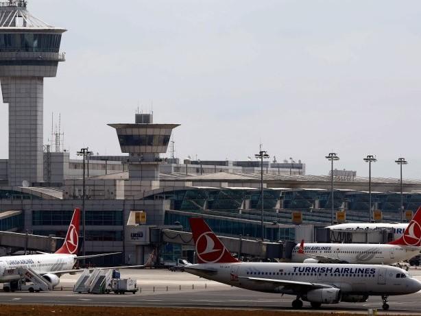 Luftverkehr: Cessna fängt nach Bruchlandung am Flughafen Istanbul Feuer
