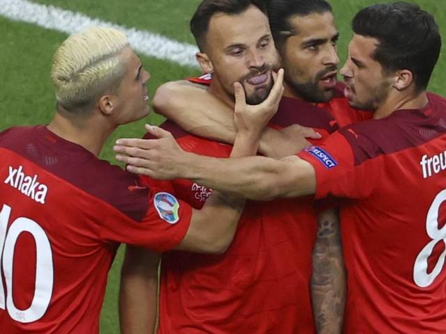 Entscheidung in Gruppe A: Italien und Wales im Achtelfinale – Schweiz hofft noch