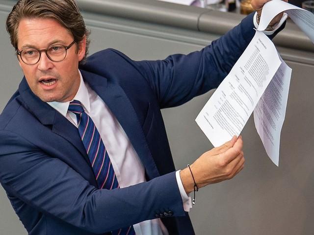 Muss Bund Schadensersatz zahlen?: Verträge zu gestoppter Pkw-Maut sind online